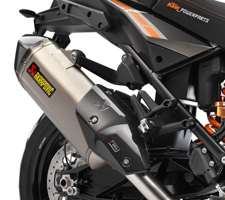 AKRAPOVIC SLIP-ON
